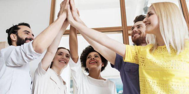 Colaboración Empatía Clientes Felices